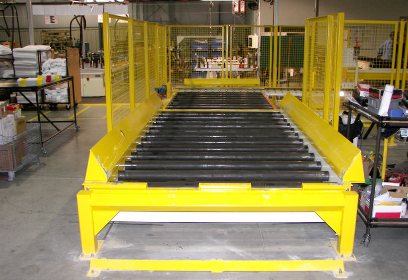 Heavy duty CDLR with set down guides and end stop