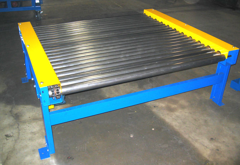 CDLR with two chain boxes for close pack roll centers