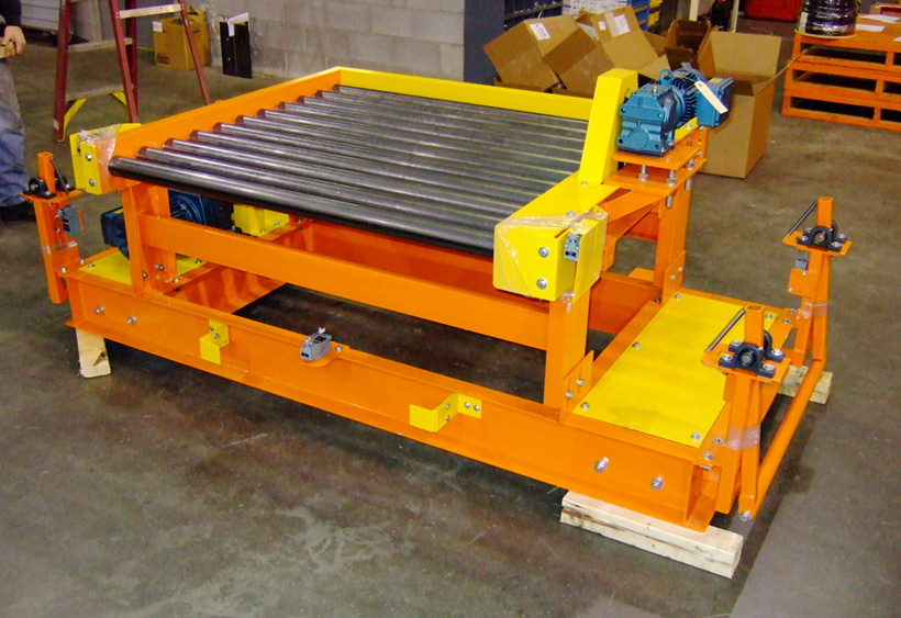 Powered transfer car with CDLR conveyor for single pallet