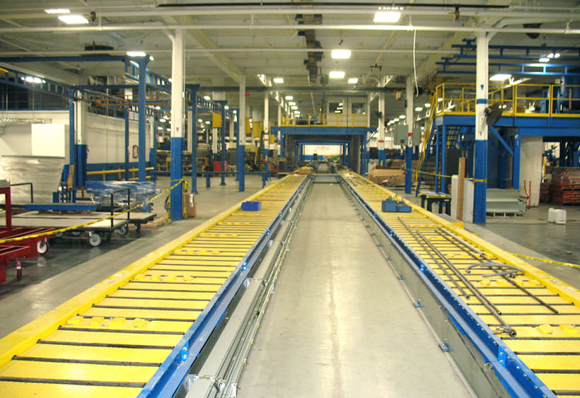 Split lane CDLR with deck plates and guide bars